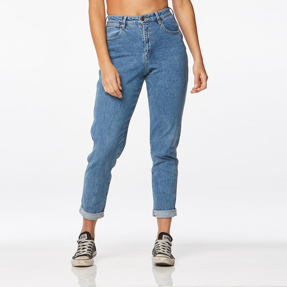 7760cd33 Womens Jeans   Womens Denim     Wrangler Australia