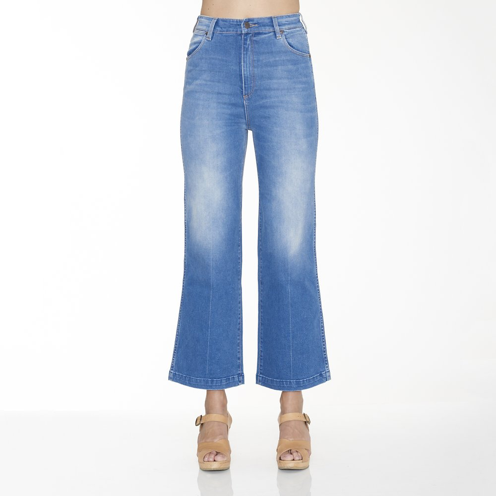 Image of Wrangler Day Dream Blue Hi Bells Cropped Jean Day Dream Blue